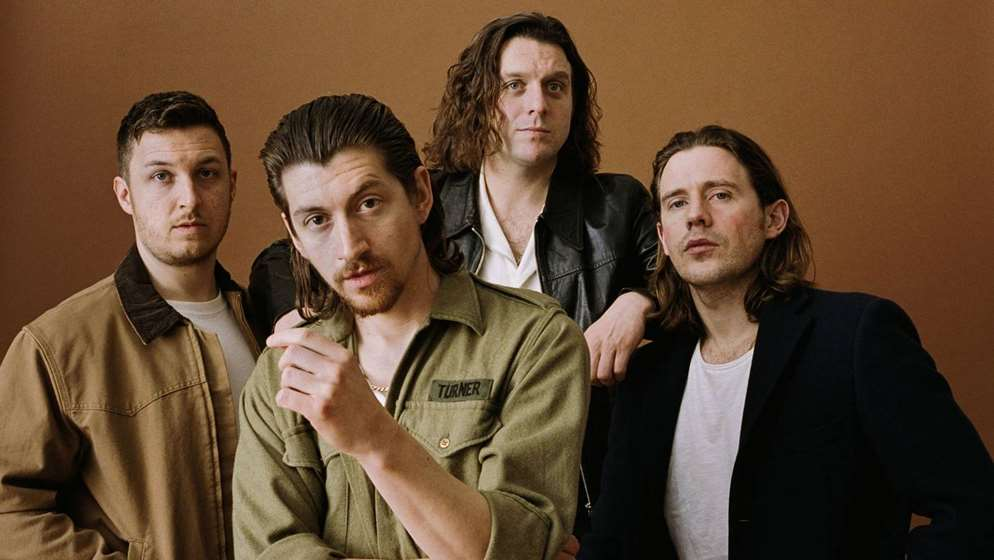 "Οι Arctic Monkeys σε μία live version του ""505"" από το Royal Albert Hall"